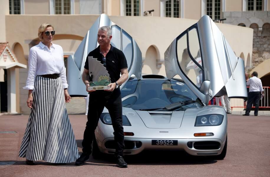 30 juin 2019 : Charlene en maxi jupe rayé au concours Elégance et Automobile à Monte-Carlo