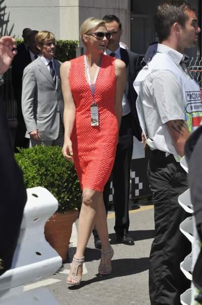 26 mai 2013 : Charlene en robe corail pour le Grand Prix de F1 de Monaco