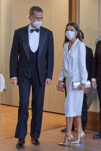"Felipe VI et Letizia d'Espagne lors de la cérémonie ""Mariano de Cavia"", ""Luca de Tena"" and ""Mingote"" Awards à Madrid, le 22 juin 2021."