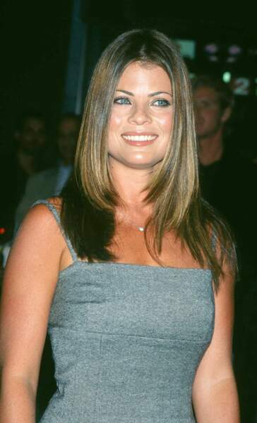 """Yasmine Bleeth assiste à la première du film """"In and Out"""", à New York, le 16 septembre 1997"""