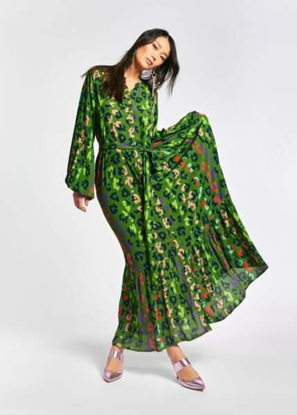 Robe longue verte à imprimé léopard, 235€, Essentiel Antwerp