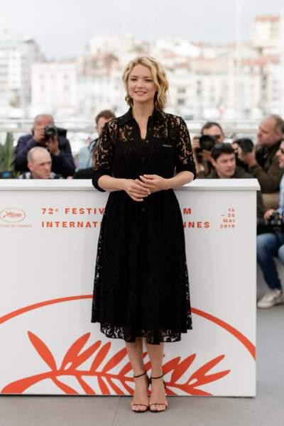Virginie Efira en 2019 au Festival de Cannes : très chic en robe longue noire en dentelle.