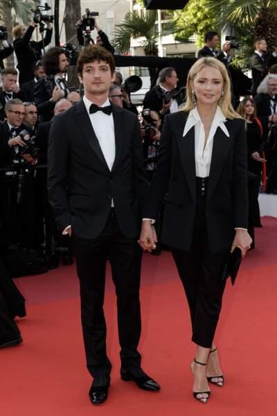 Virginie Efira en 2019 au Festival de Cannes : canon avec un costume d'homme et une chemise blanche.