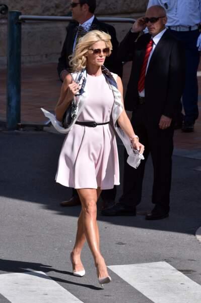Victoria Silvstedt a répondu présent au baptême des enfants princiers, à Monaco, le 10 mai 2015