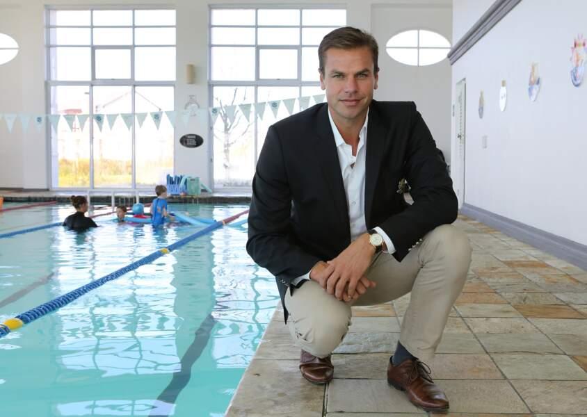 Ryk Neethling, ami de Charlene de Monaco prend la pose dans la piscine de Cape Town, en Afrique du Sud, le 29 juin 2017