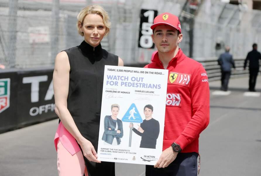 Charles Leclerc pilote de formule 1 et proche de Charlene de Monaco pose à ses côtés lors du 77ème Grand Prix de Formule 1 de Monaco, le 26 mai 2019