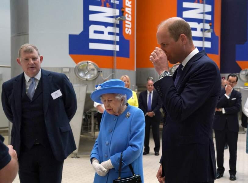 En Ecosse, Elizabeth II peut compter sur son petit-fils, William, pour l'accompagner dans son tout premier voyage officiel depuis la mort de son mari, le prince Philip