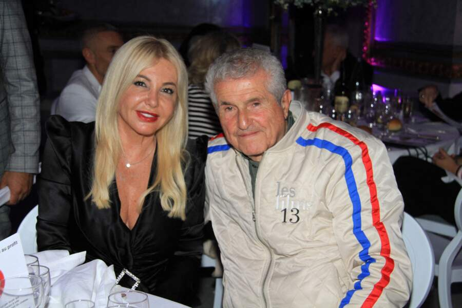 Monika Bacardi, la sixième épouse de l'héritier de la grande dynastie du rhum cubain, avec Claude Lelouch, le 30 juin 2021.