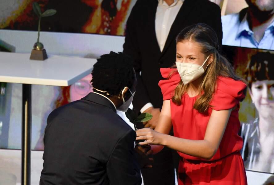 Leonor d'Espagne a récompensé 10 personnes, 5 pour 2020 et 5 pour 2021