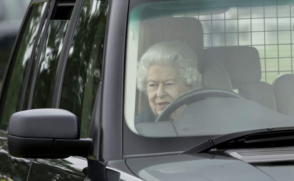 """Grande amatrice de chevaux, Elizabeth II a assisté à la course hippique """"Royal Windsor Horse Show"""", le 2 juillet 2021, organisée à Windsor."""