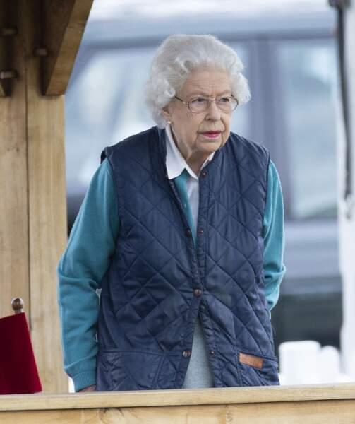 Une course hippique qui se déroule sur les terres de la reine d'Angleterre, à Windsor.