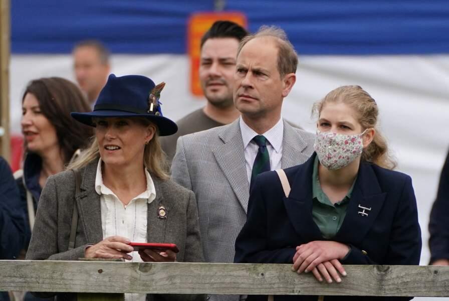 Edward de Wessex et Sophie Rhys-Jones avec leur fille, Lady Louise au Royal Windsor Horse Show ce samedi 3 juillet.