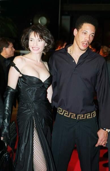 Béatrice Dalle et JoeyStarr au Festival de Cannes en 2001.