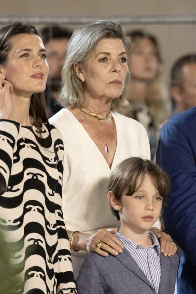 Caroline de Monaco, sa fille Charlotte Casiraghi et son petit-fils, Raphaël ultra complices.