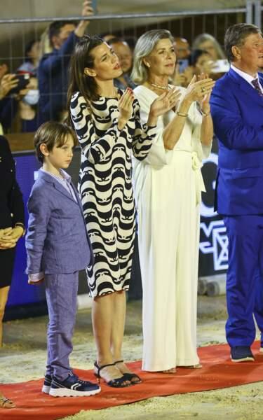 Caroline de Monaco, Charlotte Casiraghi et Raphaël semblent être aux anges.