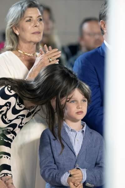 La princesse Caroline, une mère et une grand-mère attentionnée.
