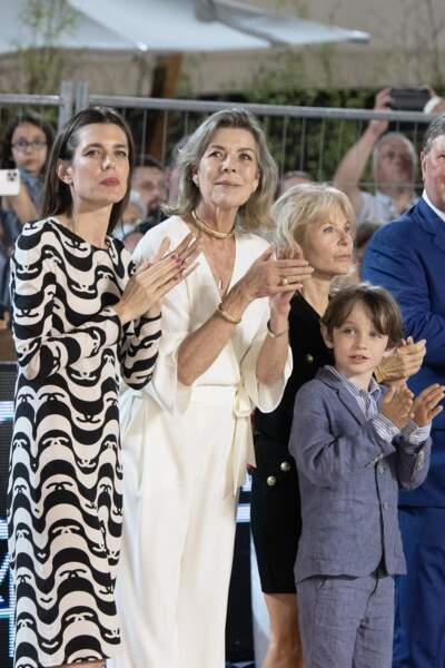 Caroline de Monaco, Charlotte Casiraghi et Raphaël animés par une même passion.