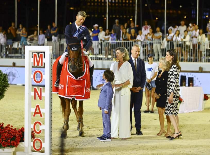 Caroline et Monaco et Charlotte Casiraghi transmettent leur passion à Raphaël.