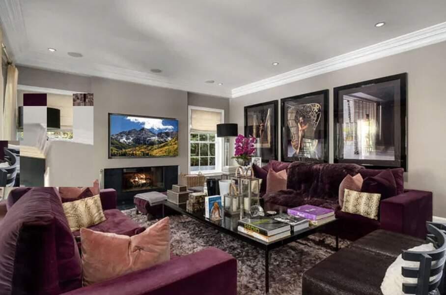 La villa de Laeticia et Johnny Hallyday à Pacific Palisades vendue en février 2021 pour 13 millions d'euros à Los Angeles.