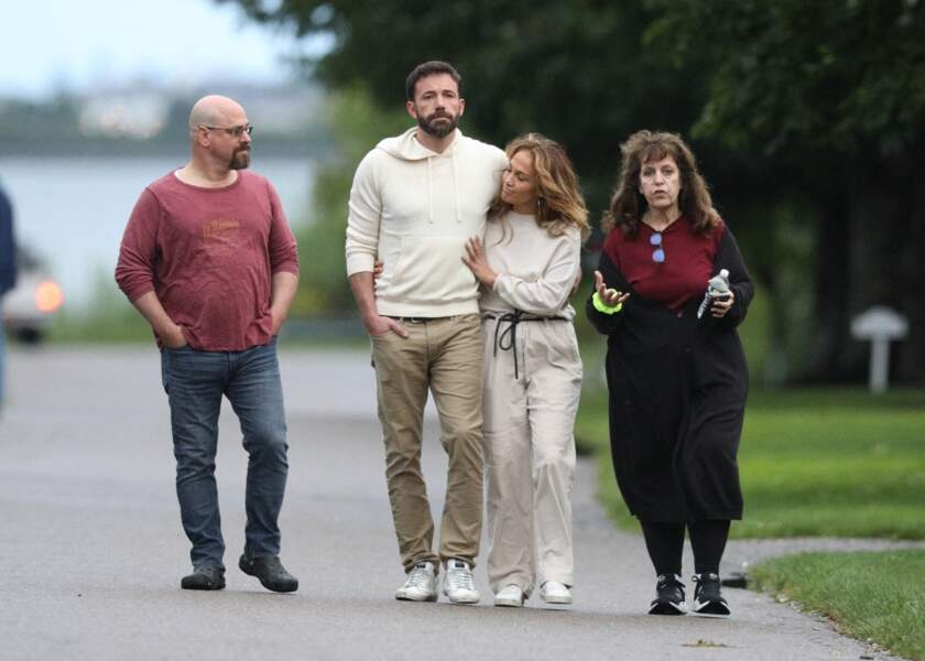 Jennifer Lopez et Ben Affleck ne se cachent plus et profitent dans les Hamptons, à New York, à l'occasion du week-end de la fête nationale américaine, le dimanche 4 juillet 2021
