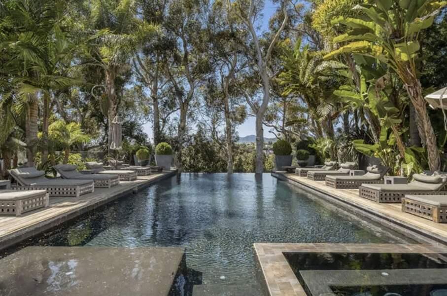 La villa de Laeticia et Johnny Hallyday à Pacific Palisades comme vous ne l'avez jamais vue.