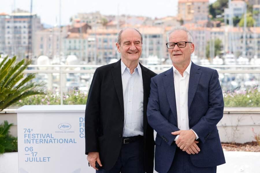 Pierre Lescure et Thierry Frémaux lors du 74ème Festival International du film de Cannes, le 6 juillet 2021.