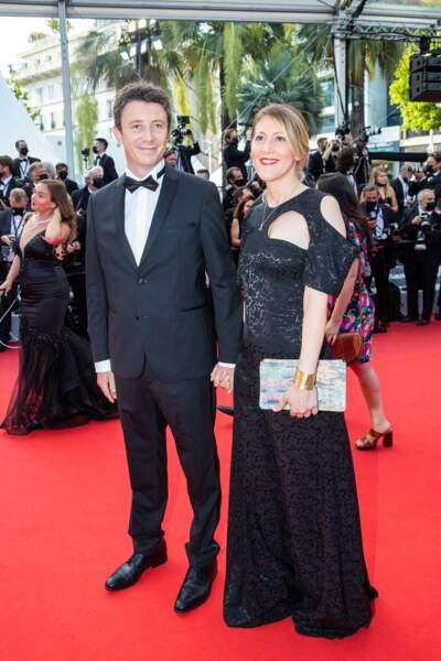 """Benjamin Griveaux et sa femme Julia Minkowski étaient eux aussi présents pour la montée des marches du film """"Annette"""" lors de la cérémonie d'ouverture du 74ème Festival International du Film de Cannes, le 6 juillet 2021"""