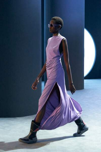 La robe lilas chez Salvatore Ferragamo cet Automne Hiver 2021-2022