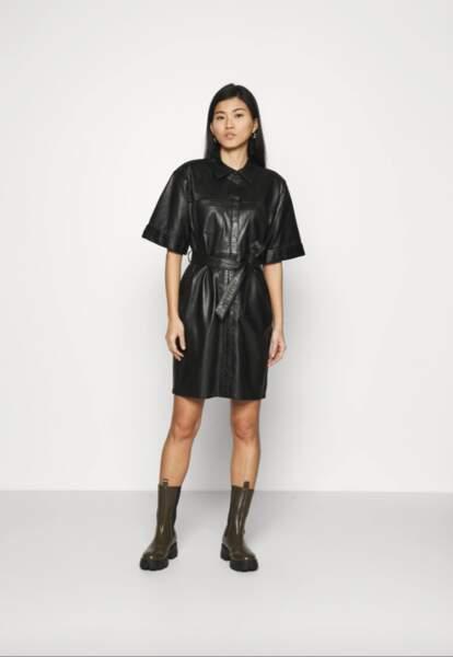 Robe chemise, 349,95€, Oakwood sur Zalando