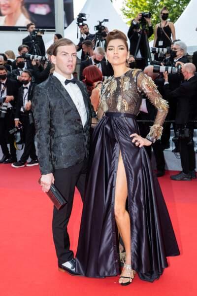 """Christophe Guillarmé et Blanca Blanco pour la montée des marches du film """"Tout s'est bien passé"""" lors du 74ème Festival International du Film de Cannes, le 7 juillet 2021"""