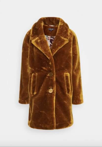 Manteau classique en fausse fourrure, 104,95€, King Louie sur Zalando