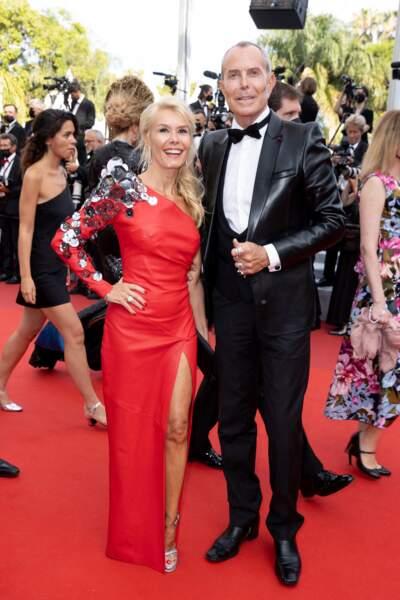 """Axelle Marine et Jean-Claude Jitrois pour la montée des marches du film """"Tout s'est bien passé"""" lors du 74ème Festival International du Film de Cannes, le 7 juillet 2021"""