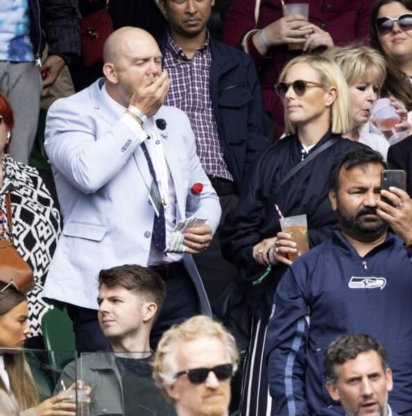 Le sport ça creuse et Mike Tidall ne dira pas le contraire dans les tribunes de Wimbledon, le 7 juillet 2021