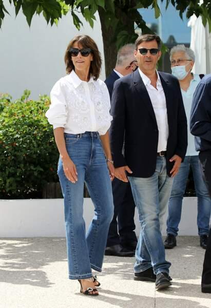"""Ce jeudi 8 juillet, Sophie Marceau s'est rendue avec François Ozon au photocall du film """"Tout s'est bien passé"""" lors du 74ème festival international du film de Cannes"""