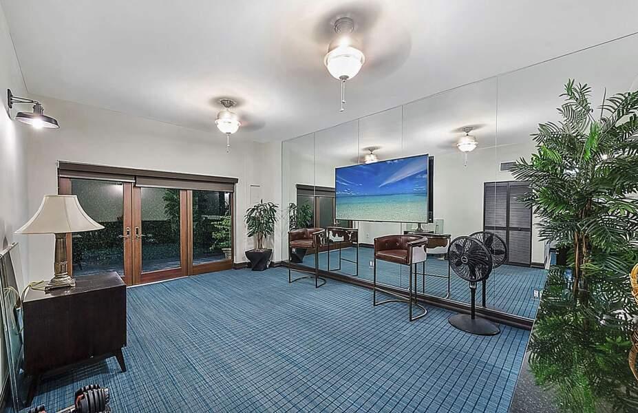 En plus des six chambres, le manoir d'Ivanka Trump et Jared Kushner compte une salle de sport ainsi que d'une importante salle de projection parfaite pour toute la famille