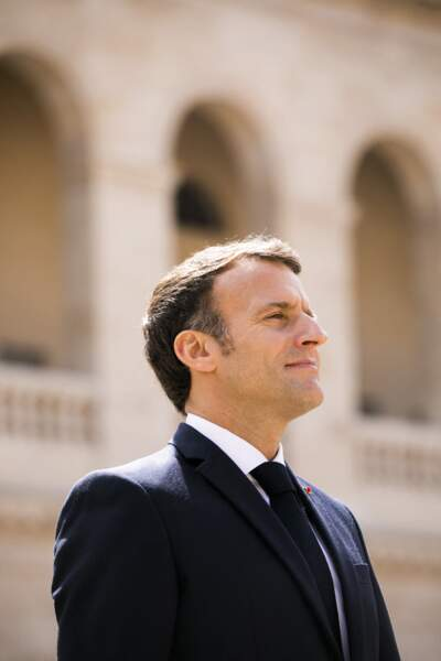 Emmanuel Macron à la cérémonie de passe d'armes ce jeudi 8 juillet aux Invalides à Paris