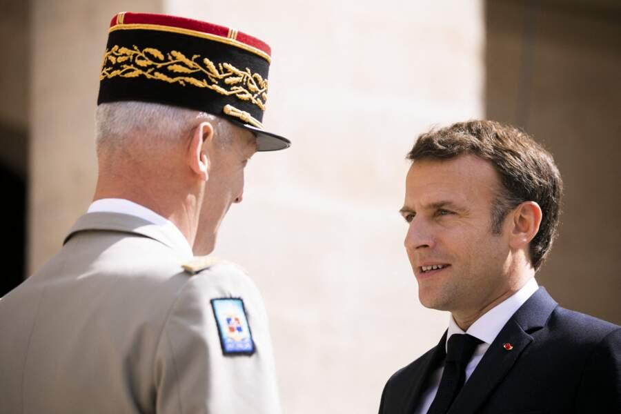 Emmanuel Macron et le général François Lecointre à Paris, le 8 juillet 2021