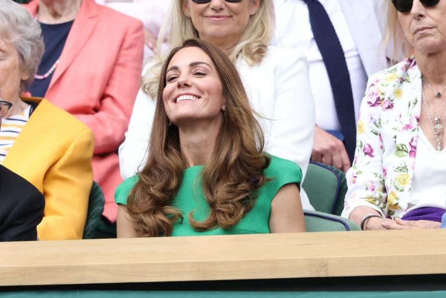 Après son isolement, Kate Middleton est apparue très souriante lors de la finale à Wimbledon, ce samedi 10 juillet.