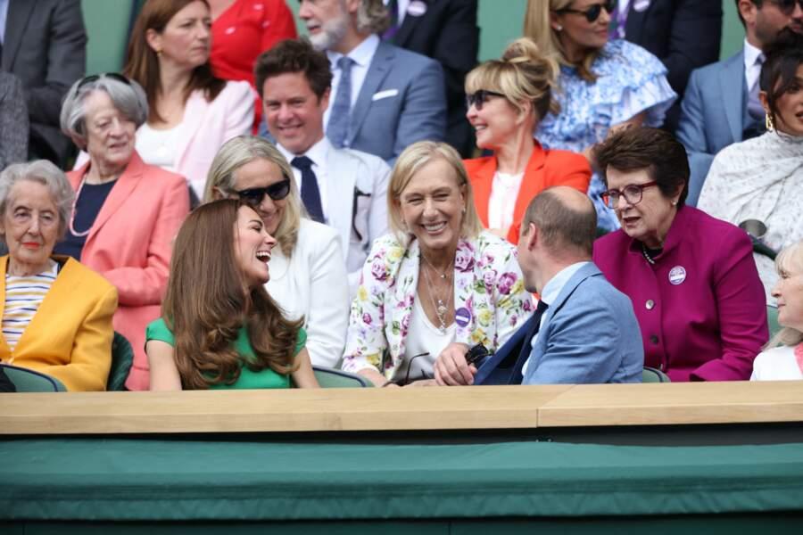 Le prince William, duc de Cambridge, Catherine Kate Middleton, duchesse de Cambridge, Martina Navratilova et Billie Jean King assistent à la finale Dames au tournoi de Wimbledon le 10 juillet 202.