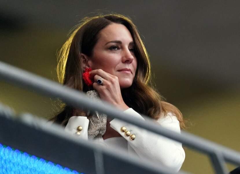 Les boucles de la duchesse de Cambridge viennent de la marque indépendante The Blaiz, fondée par Stephanie Margaronis Mordehachvili