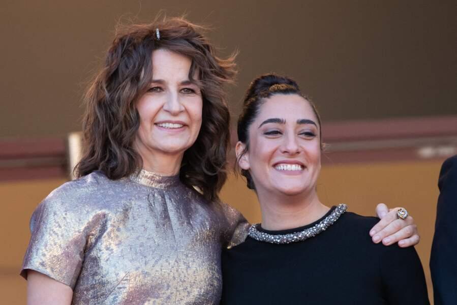 Valérie Lemercier aux côtés de Victoria Sio, qui interprète tous les titres du film Aline, biopic sur Céline Dion.