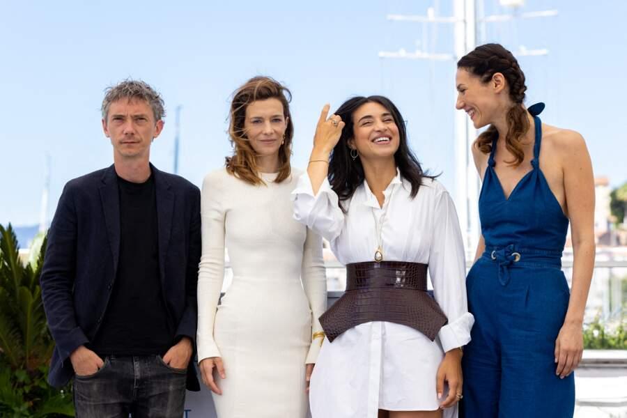 Doria Tillier, entourée de Swann Arlaud, Céline Sallette et Camélia Jordana, au photocall des Talents Adami lors du 74ème festival international du film de Cannes, le 13 juillet 2021