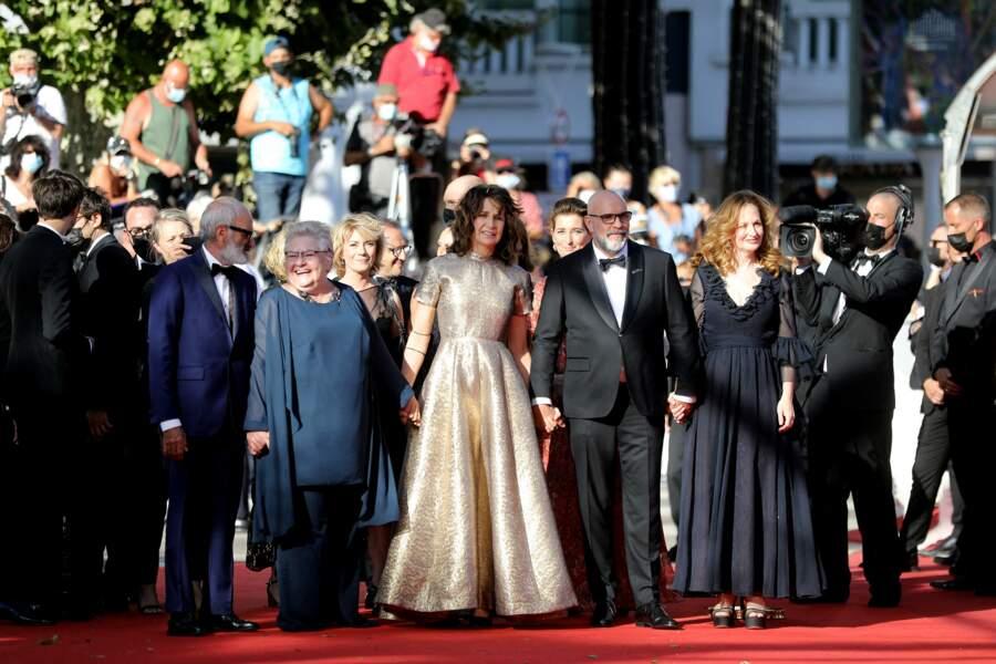 Arrivée de star pour Valérie Lemercier, venue présenter son dernier film Aline, qui sortira en salles en novembre prochain.