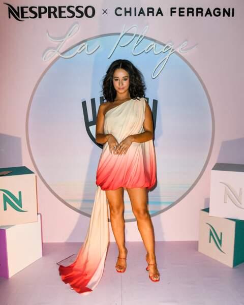 Lena Mahfouf en robe bicolore au dîner Nespresso X Chiara Ferragni au 74ème Festival International du Film de Cannes