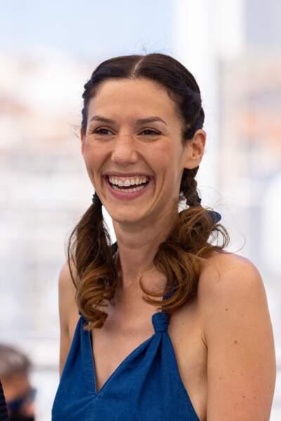 Doria Tillier rayonnnante au photocall des Talents Adami lors du 74ème festival international du film de Cannes, le 13 juillet 2021