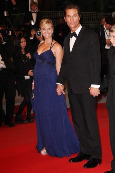 Reese Witherspoon enceinte et glamour avec Matthew McConaughey au festival de Cannes en mai 2012