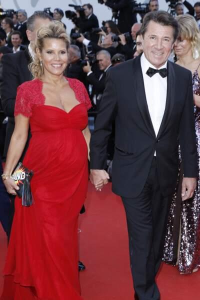 Laura Tenoudji-Estrosi enceinte au festival de Cannes : radieuse en robe rouge Séraphine, le 17 mai 2017.