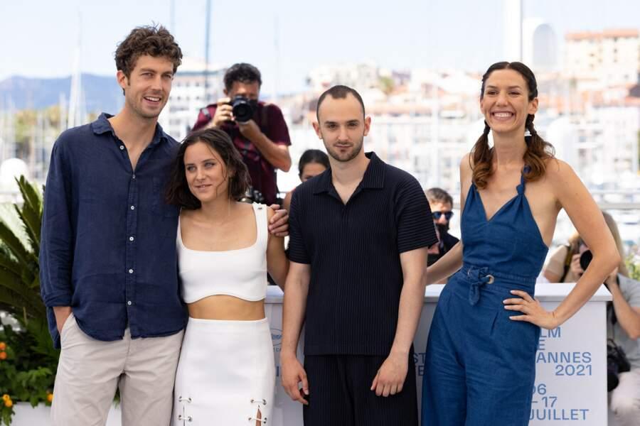 Maël Besnard, Mely Bourjac, Hugues Jourdain et Doria Tillier ont posé au photocall des Talents Adami lors du 74ème festival international du film de Cannes, le 13 juillet 2021