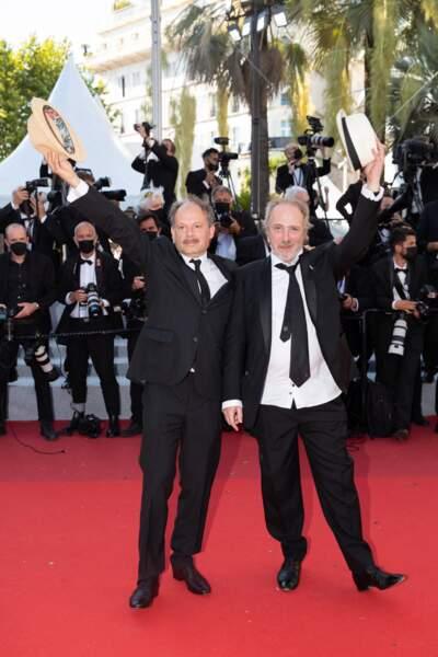 Arnaud Desplechin et Denis Podalydès n'ont pas manqué de faire leur numéro devant les nombreux photographes.