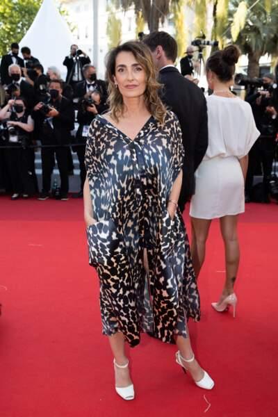 La journaliste Mademoiselle Agnès sur le tapis rouge du Festival de Cannes le 14 juillet 2021